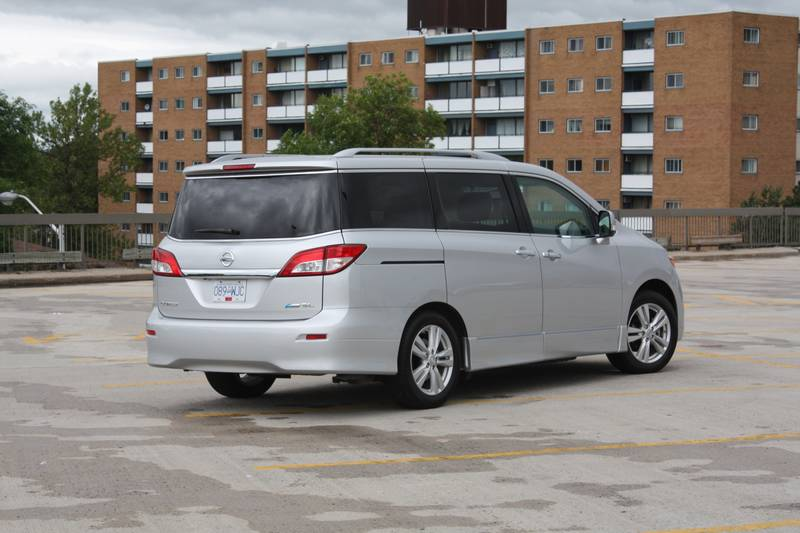 what i think 2011 nissan quest sl this is what i think. Black Bedroom Furniture Sets. Home Design Ideas