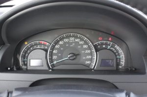 2012 Toyota Camry speedometer and gauges