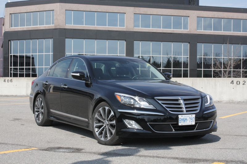 what i think 2012 hyundai genesis r spec chris chases cars. Black Bedroom Furniture Sets. Home Design Ideas