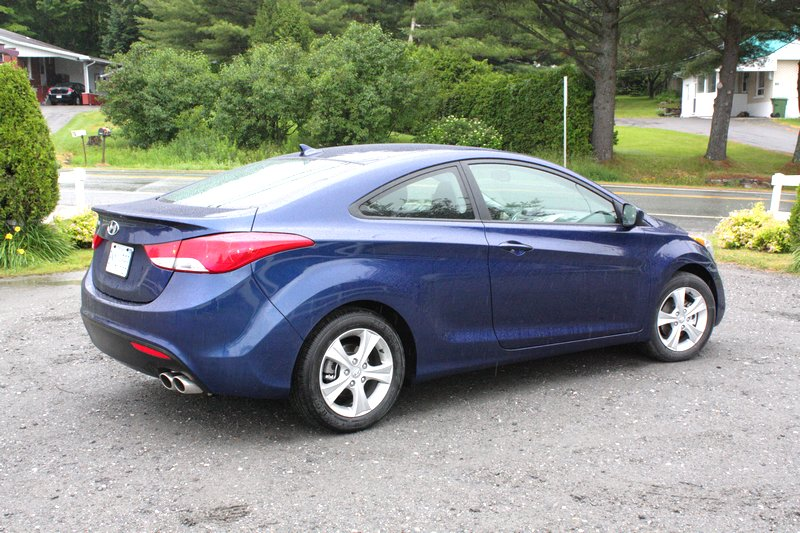 What I Think 2013 Hyundai Elantra Gt And Coupe This Is What I Think Of Your Car