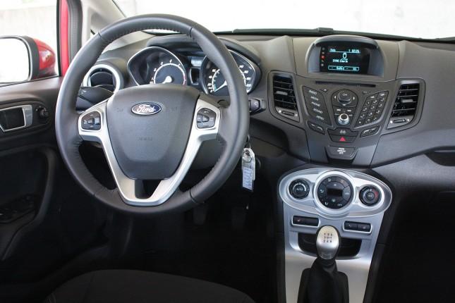 2014 Ford Fiesta EcoBoost dash