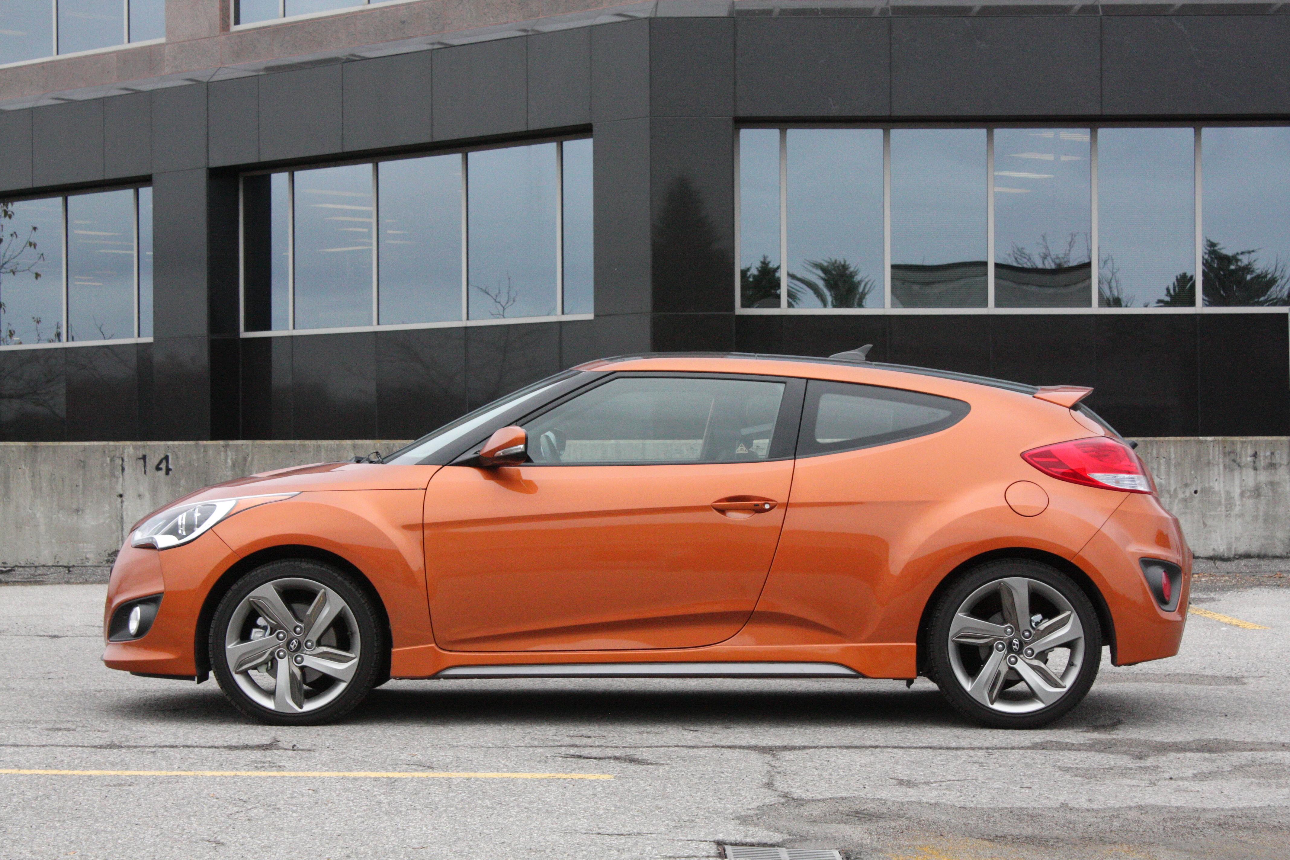 sonata driver cars profile hyundai hybrid and rating trend view motor reviews